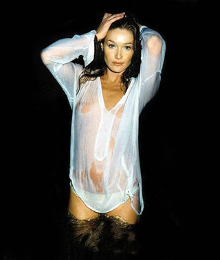 Carla-Bruni-tv-holland