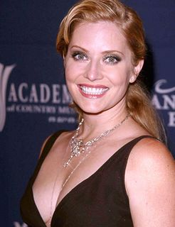 Emily-procter-picture-2