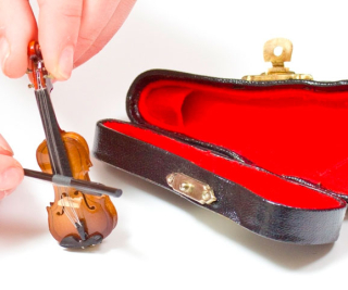 Miniature-violin